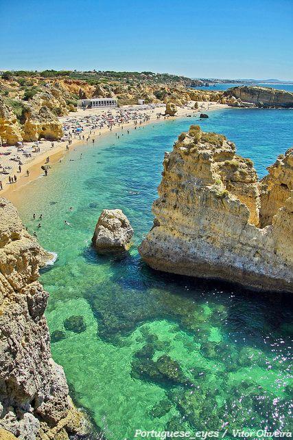 ''Como se jamais'' (ESCUTA; Ferraz, Eucanaã):  ''Houve o verão algarvio.''     =============================================== Praia de São Rafael - Portugal by Portuguese_eyes, via Flickr