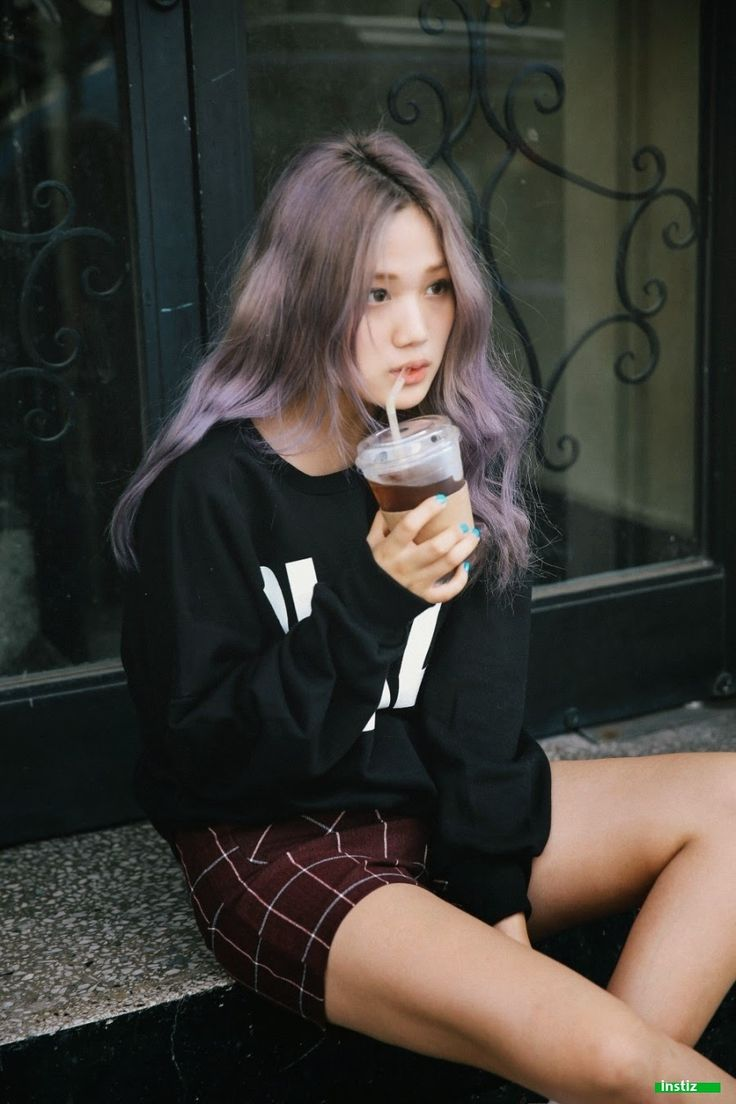 [Instiz] Lee Sung Kyung + EXO Kai Look-alike? - YG Press