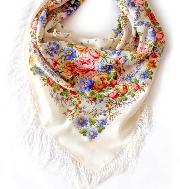 trend 2013 - floral scarf A LA RUSSE