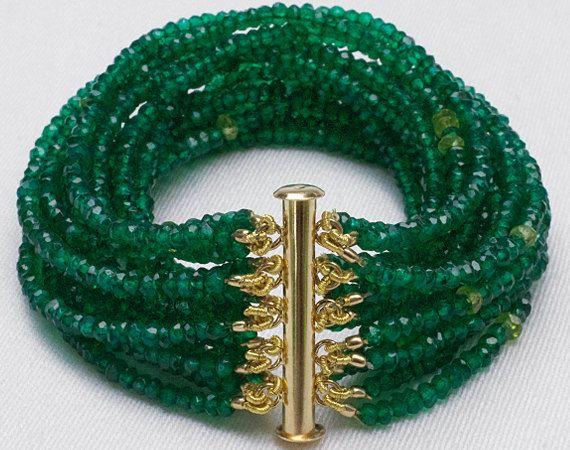 Emerald Green Onyx Multi-Strand Beaded Gemstone Bracelet / Semi-Precious Gem Cuff / 14k Gold Clasp with Briolette Charm