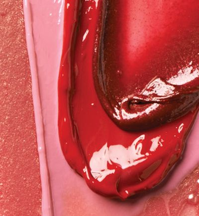 Good-for-your-lips formula delivers instant moisture and features antioxidants and botanicals.