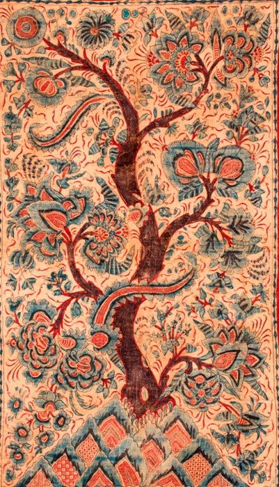 Indian chintz panel, beautiful depiction of the Tree of Life, Chintz designs are mostly European patterns loosely derived from the style of Indian designs themselves reflecting, via Mughal art, decorative traditions in Islamic art such as the arabesque.