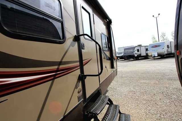 2016 New Keystone Cougar Xlite 25RDB Travel Trailer in Iowa IA.Recreational Vehicle, rv, 2016 Keystone Cougar Xlite , Very cool bunkhouse with double-bed bunks, power awning, Cougar Remote and electric stabilizer jacks., Furniture: 2 Double Bed Bunks, Pleated Shades, Queen Bed, U-Shaped Dinette, Appliances: 13.5 BTU Ducted AC, 2 30# LP Bottles, 2 Door Refrigerator, 2 Outside Speakers, 6 Gal. Gas/Elec Water Heater, FM/AM/CD/DVD MP3 Bluetooth Stereo, Flat Screen TV, Foot Flush Toilet…