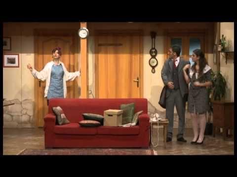 Rumori Fuori Scena - Primo Atto - Scena Prima