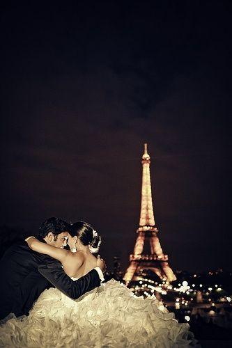 67 best vintage retro photography images on pinterest for Romantic evening in paris