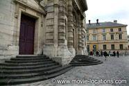 Filming Locations for Woody Allen's Midnight In Paris (2011), around Paris.