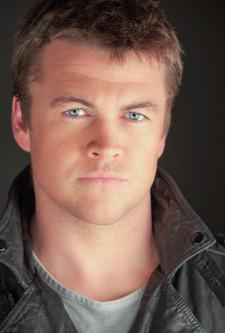 Luke Hemsworth, brother to Chris and Liam. Damn that family has good genes.
