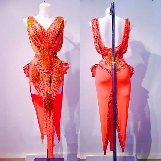 Ballerine vi piace?! 😍 #unavitaperladanza #dancesportlook #latindress #dancedress #instadance #abitodaballo #vesa #ballroomatelier #dancewear #costumedaballo #atelier  #vestito #look #ballroomshop
