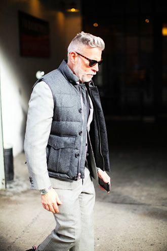 50代男性の渋いダウンベストコーディネート(メンズ) | Italy Web