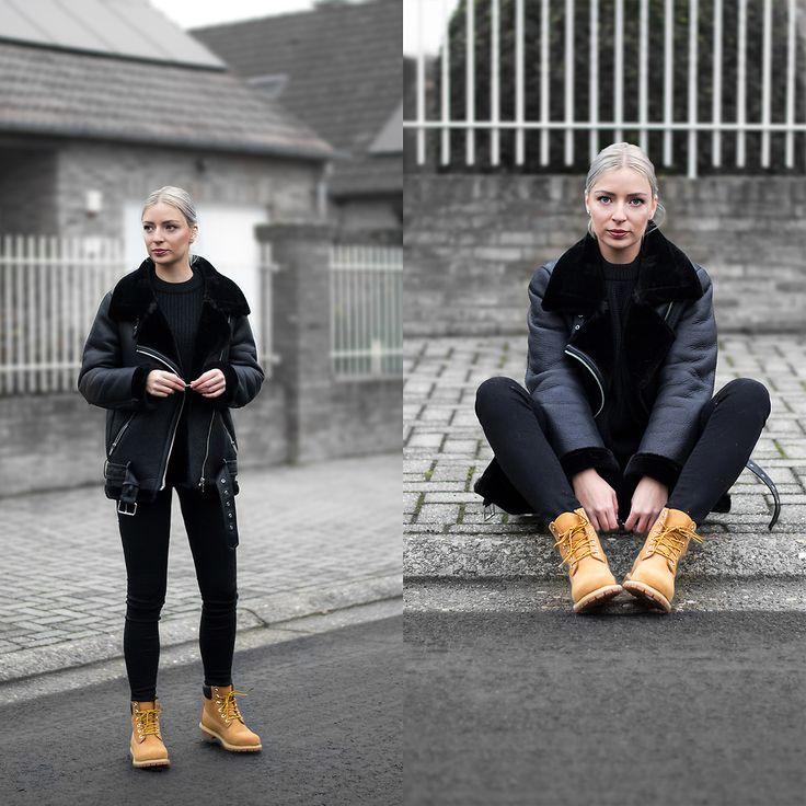 Nena F. - All black + Timberland