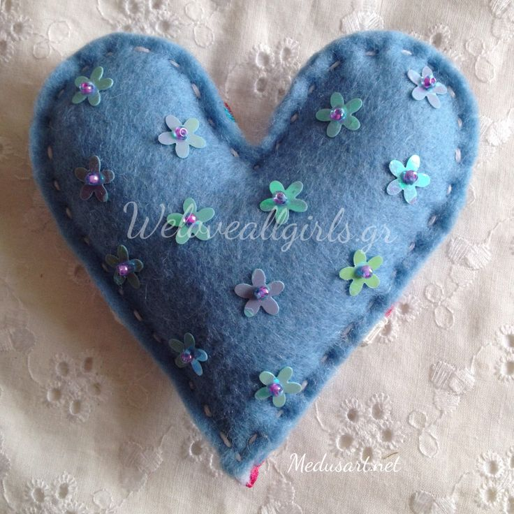 Felt Heart by Medus'art