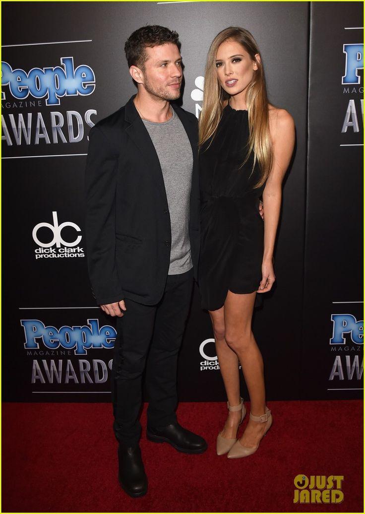 Ryan Phillippe & Girlfriend Paulina Slagter