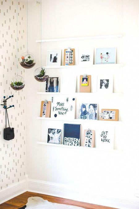 Petites idées pour créer des coins rangements et déco de simples étagères personnalisées pour poser nos cadres photos nos livres préférés