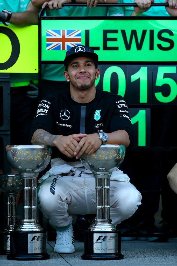 Lewis Hamilton Photos: F1 Grand Prix of Japan