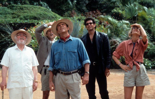 Still of Jeff Goldblum, Richard Attenborough, Laura Dern, Sam Neill and Martin Ferrero in Jurassic Park (1993)