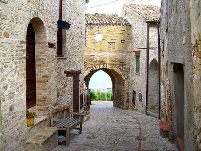 @GianGinoble:  #montepagano #abruzzo #italy #rosetodegliabruzzi #hometown This is Our Gianluca's beloved Montepagno!