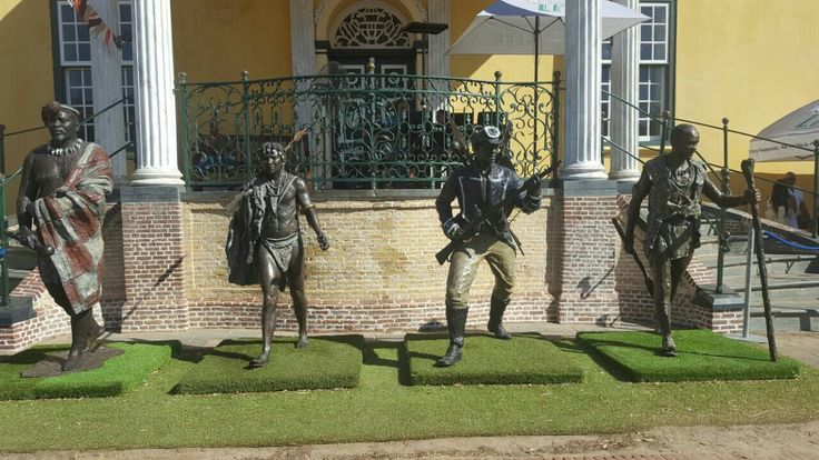 Statues of famous prisoners amaHlubi king Langalibalele' Zulu king Cetshwayo' Bapedi king Sekhukhune and Khoisan freedom fighter Doman at the castle of Goodhope! #capetown #history #freedomfighters
