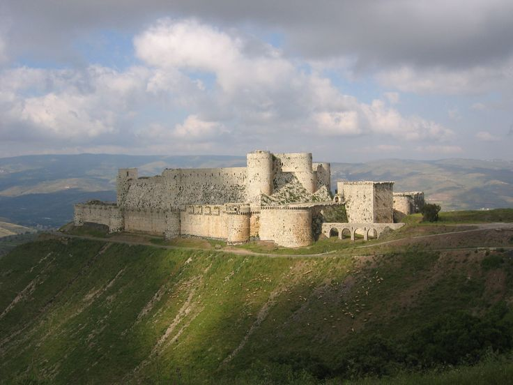 Krak des Chevaliers Castle, Syria Crusader castle and one of the most important preserved medieval castles in the world. Since 2006, the castle has been recognised by UNESCO as a World Heritage Site.