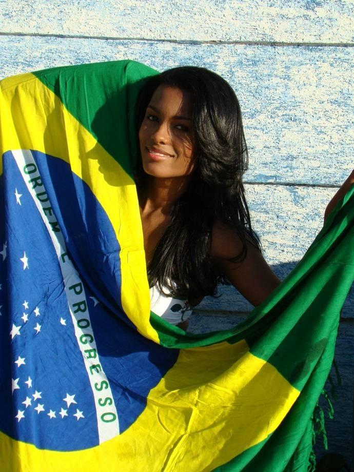 Brazilian girls in towels 3