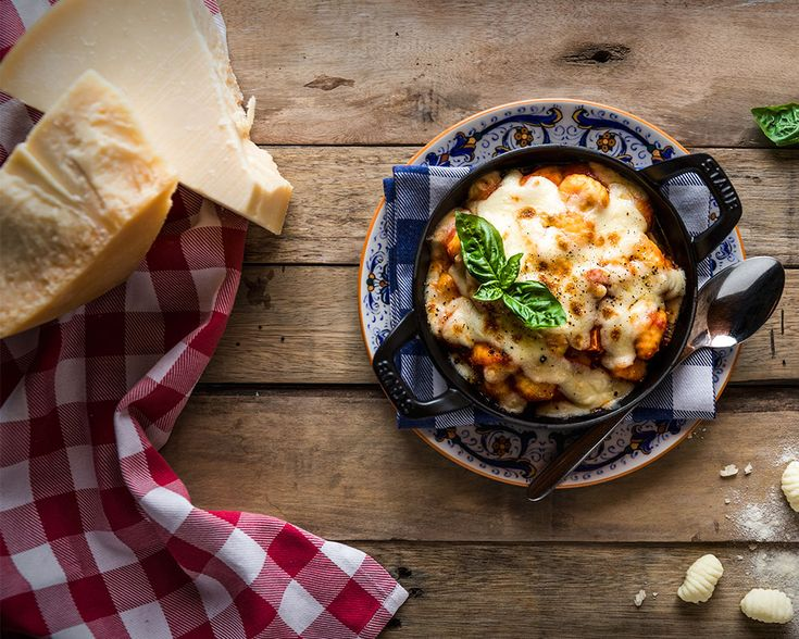 Craving some authentic Italian fare for dinner tonight? This is City Nomads' guide to the best Italian restaurants in Singapore, featuring Braci, Basilico, Garibaldi, Amo, Il Lido at the Cliff, Etna, Buona Terra, Oscietra Mozza, and more.