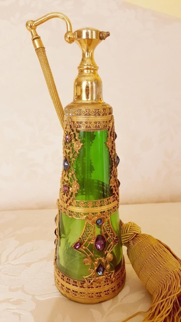 Decorative Arts Antique Green Glass Bottle Fragrant Aroma Glass
