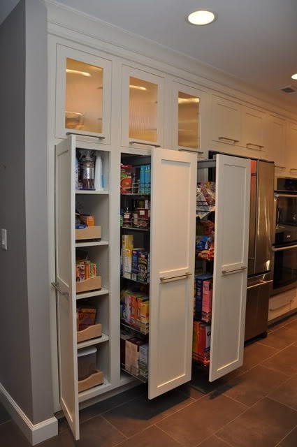 love these pull-out pantry shelves