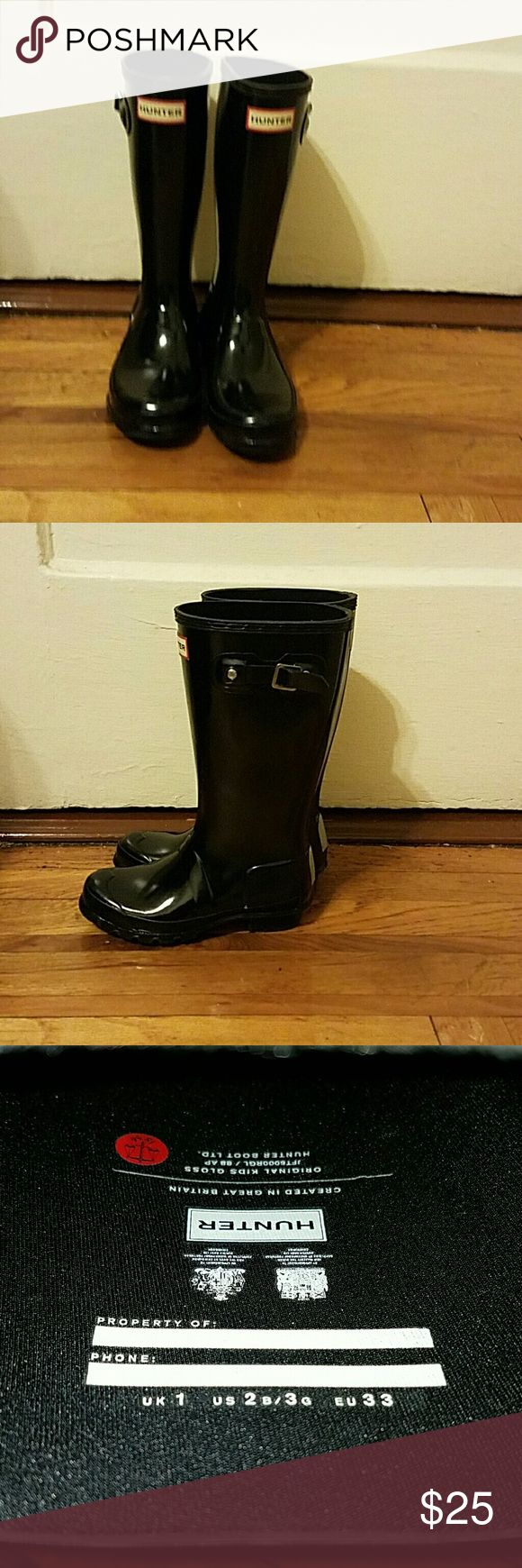 Rainboots Girls Hunter rain boots with small heel, only worn twice Hunter Boots Shoes Rain & Snow Boots
