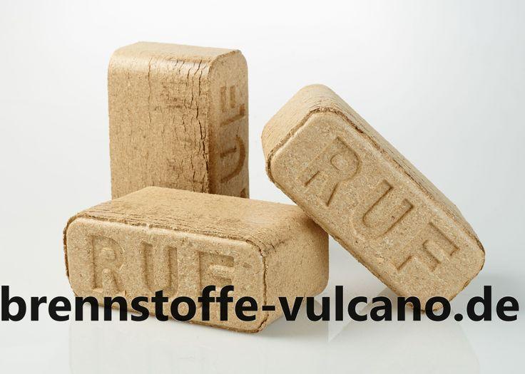 Holzbriketts Vulcano RUF Premium Qualität aus Hartholz (Eiche) etwa ein- bis anderthalb-stündige Brenndauer Glutdauer circa drei bis dreieinhalb Stunden Abbrand und damit verbundene Wärmeabgabe überaus gleichmäßig aufgrund der Homogenität des Brennmaterials Lediglich ca. 0,5 Prozent Asche-Rückstand am Ende der Verbrennung nahezu luftdichte Verpackung zum Schutz vor Feuchtigkeit