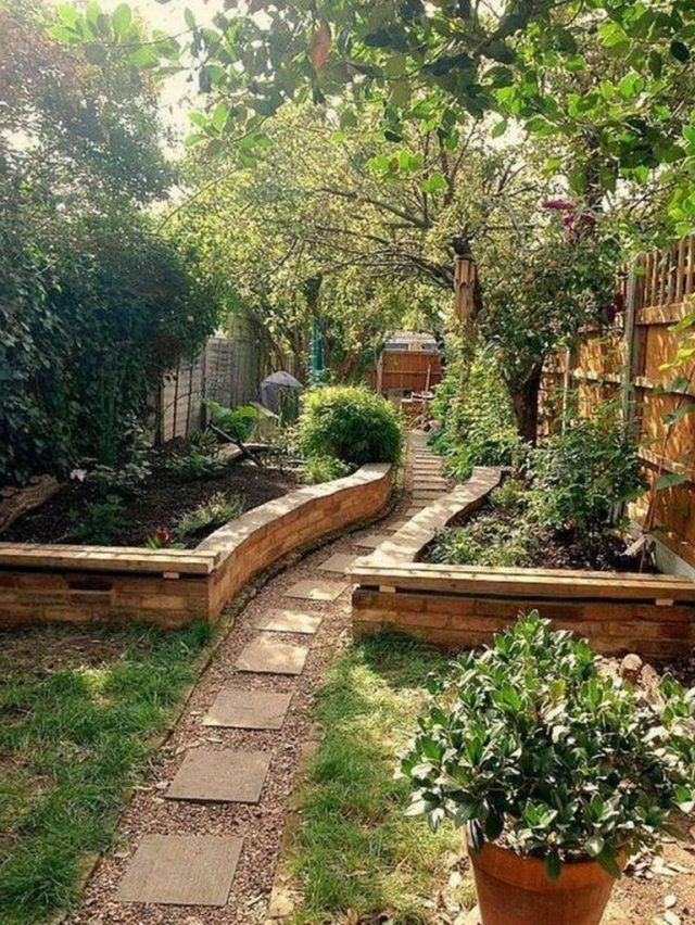 55 Awesome Fence Ideas For Back Yard And Front Yard Small Garden Landscape Small Garden Landscape Design Backyard Raised Garden