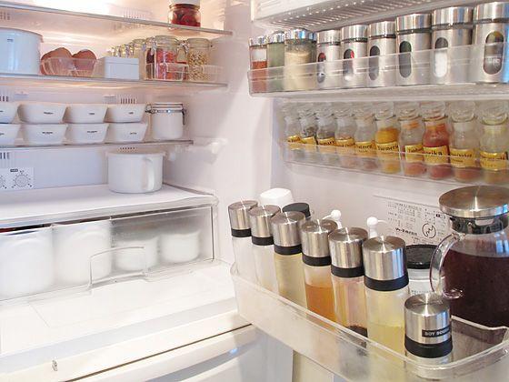 身近なもので今すぐできる!効果的な冷蔵庫の消臭方法 | iemo[イエモ]