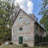 The Bat Barn luxury cottage
