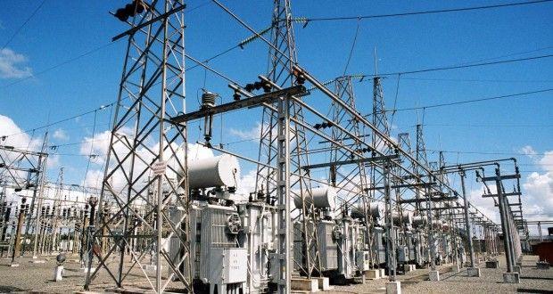 O consumo de energia elétrica caiu 2,9% em julho, no país, em comparação a igual mês do ano passado,...