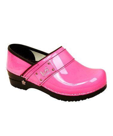 Best Non Slip Server Shoes