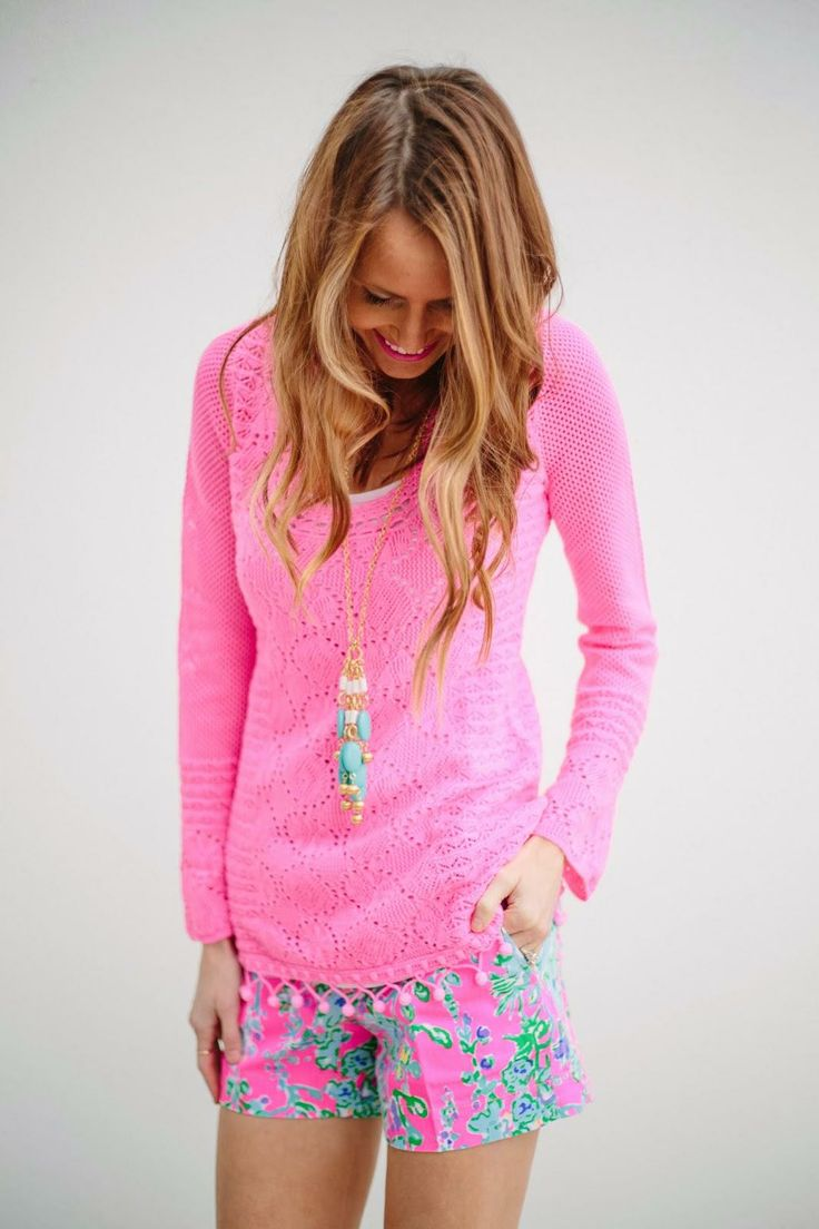 Lilly Pulitzer Athena Tunic Sweater & Callahan Short in Southern Charm worn by @Sarah Tucker