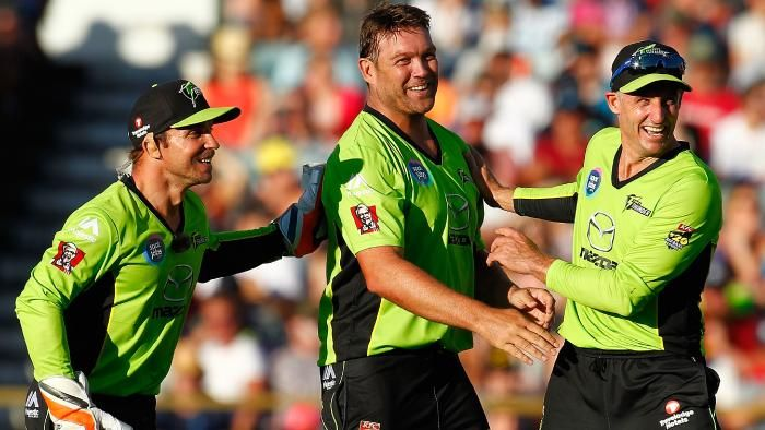 BBL: Sydney Thunder looking to replace Michael Hussey with an IPL veteran