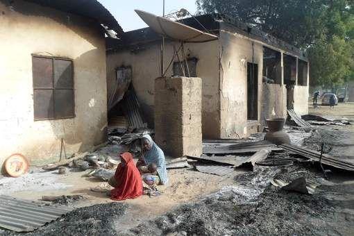 Vijfentachtig doden. Dat is de nieuwe balans van de Boko Haram-aanval op een dorp in het oosten van Nigeria zaterdagavond, zo zegt de regionale ...