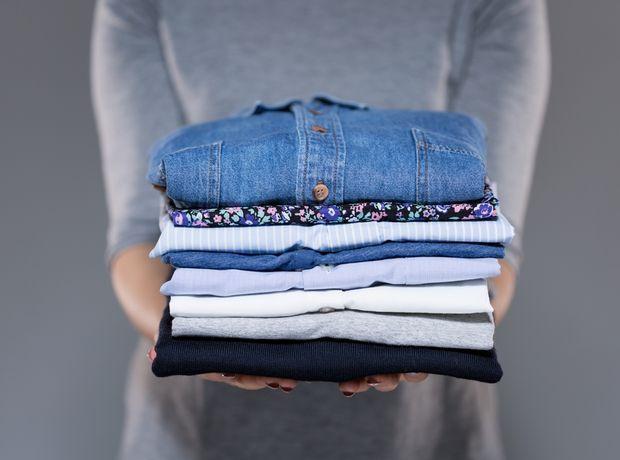 3 κόλπα για να μυρίζουν υπέροχα τα ρούχα σου στην ντουλάπα - Living | Ladylike.gr