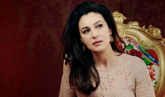 Monica Bellucci on Vanity Fair Italia cover on divorce with Vincent Cassel and retiring from acting - Swide - Swide