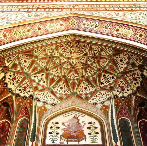 Amber Fort is located in Amer, Nr. Jaipur, Rajasthan, India. Amber Fort is known for its artistic style, blending both Hindu and Rajput elements.  Create your trip plan with -  www.TripJinnee.com  #amber #fort #jaipur #rajasthan #india #incredibleindia #triptoindia #tripplanner #beautiful #decoration #wall #beautiful #interior #Maharaja #museum #tripjinnee #Tourism #Travel #History #Journey #Destinations
