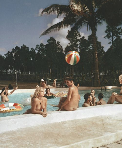 fkk pool party italien erotik