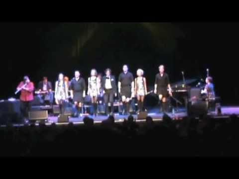 Cherish the Ladies Wave and Spade Medley, Celtic Connections 2012
