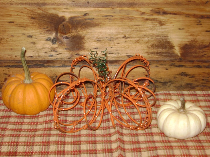 From Janessa Scott in Madrid, New York: Bed Springs, Crafts Ideas, Bedspr Crafts, Beds Spring, Spring Crafts, Recycled Bedspr, Happy Fall, Bedsprings, Bedspr Pumpkin