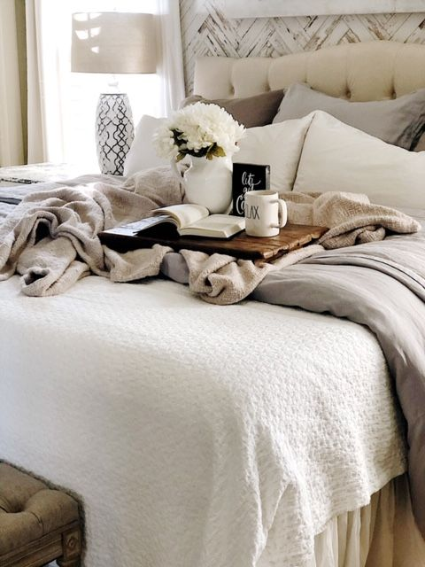 40 Bed Basics You Can't Miss This Year DIY Bedroom Decor Impressive Bedroom Basics
