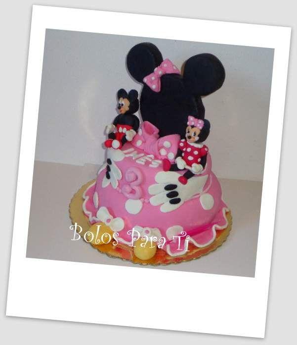 Bolo Mickey e Minnie www.bolosparati.com www.facebook.com/pages/Bolos-para-Ti/489407764471826