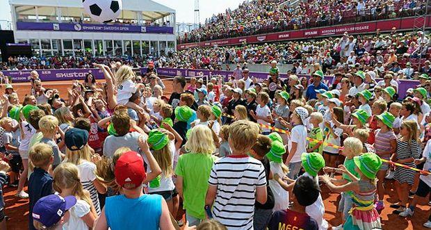 Newport, Stuttgart, Båstad, Budapest, Palermo: ATP & WTA Latest Scores - Saturday, July 13 - http://www.tennisfrontier.com/news/atp-tennis/newport-stuttgart-bastad-budapest-palermo-atp-wta-latest-scores-saturday-july-13/