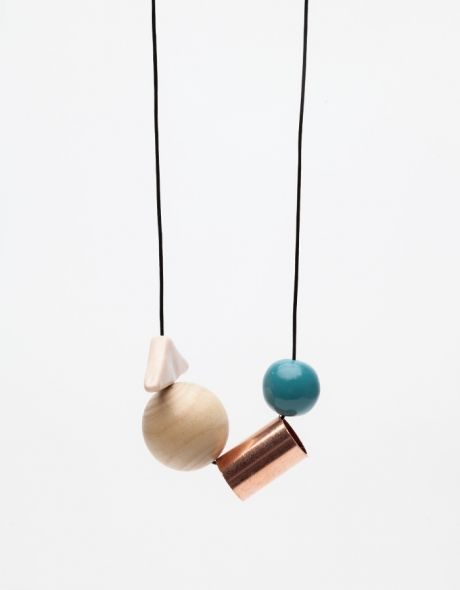 Sea Level Necklace from Need Supply Co.   I need to find beads like this so I can make this myself.