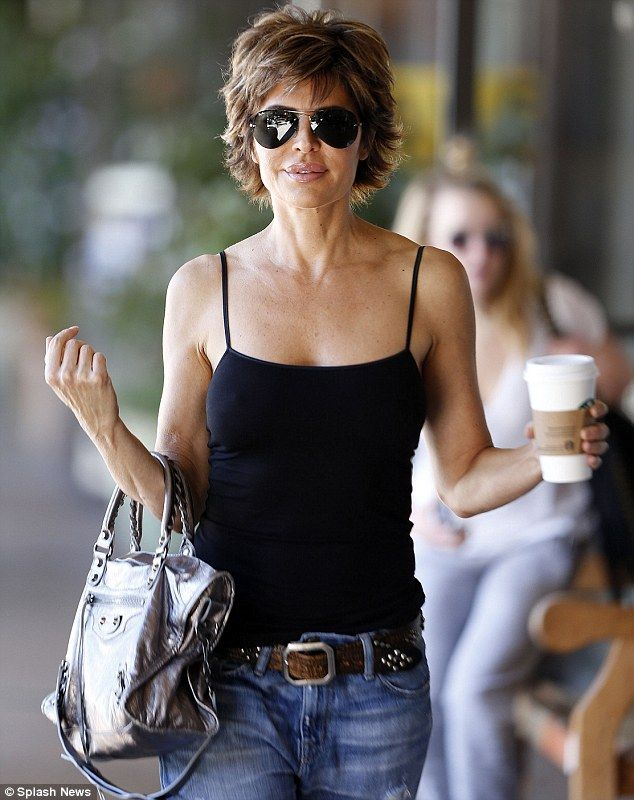 Lisa Rinna looks fabulous at 50 as she picks up a cup of java in Bel Air | Daily Mail Online