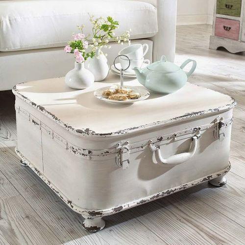 vieille valise détournée en table basse