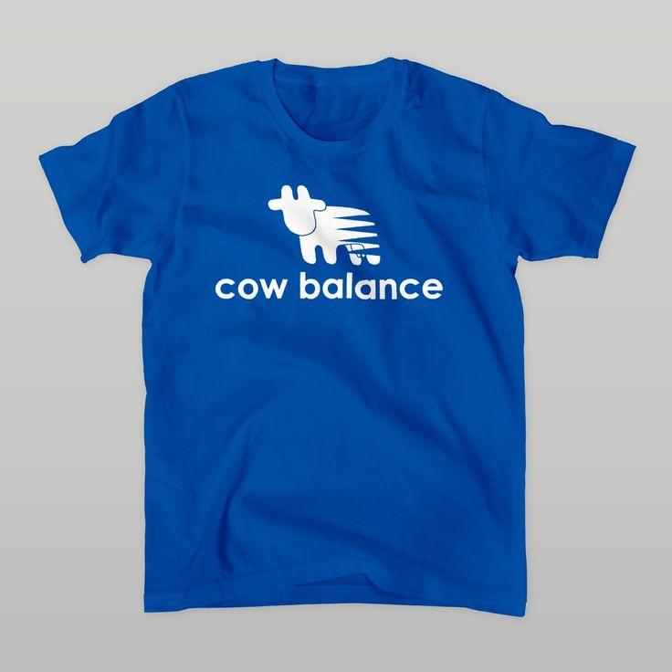 牛のTシャツ屋byあきさと ( cowlovesmusic ) の【cow balance】Tシャツ ∞ SUZURI