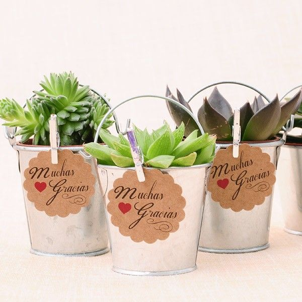 Cubitos de metal galvanizado para regalos #bodas #wedding #favors #DIY http://shop.beautifulbluebrides.com